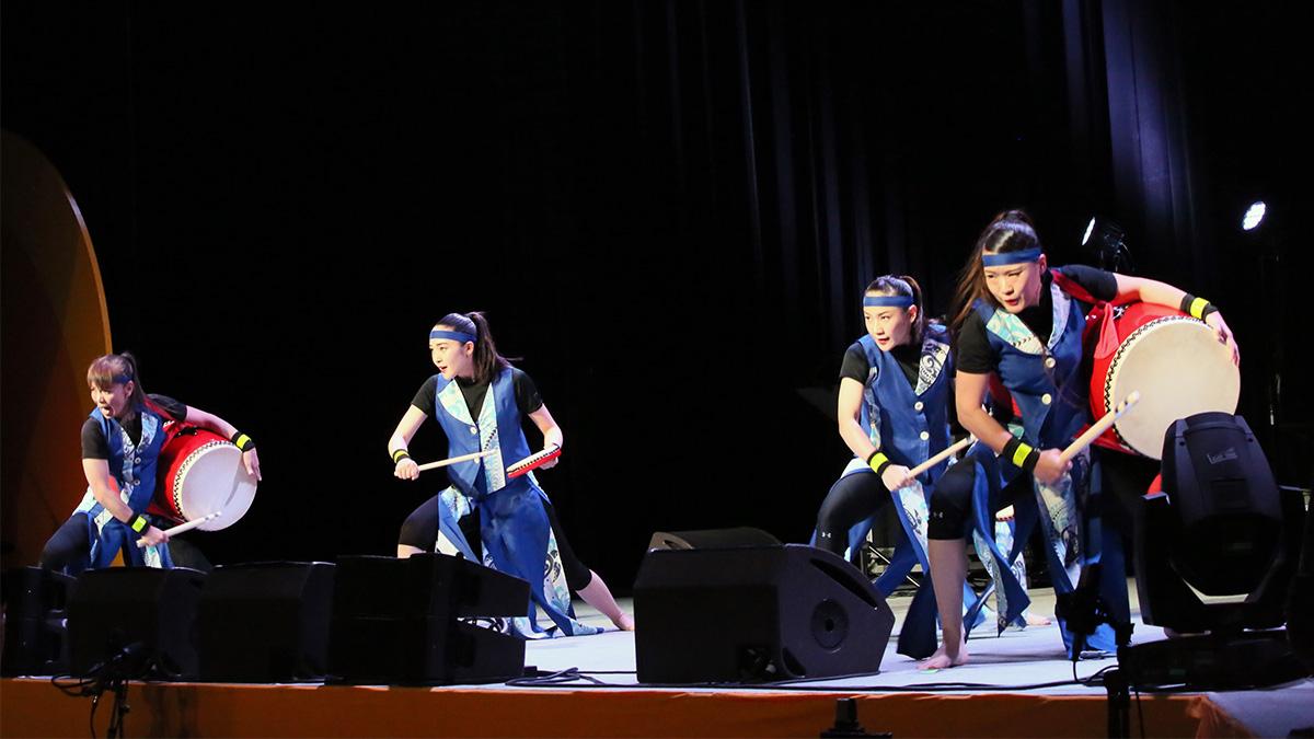琉球歌舞団ティンガーラ